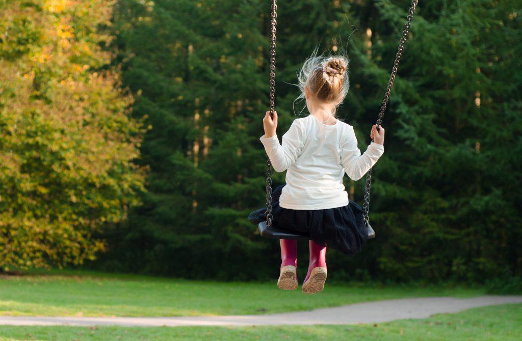 Gyermektartásdíjjal kapcsolatos szülői játszmák