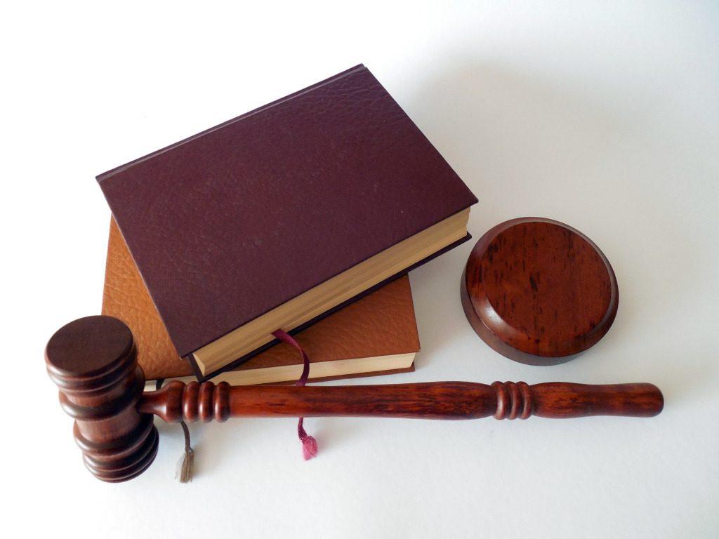 Válóperes ügyvéd, kell vagy nem?